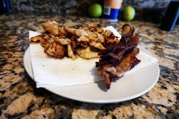 low carb breakfast sandwich bacon chicken