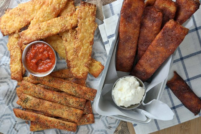 keto appetizers breadsticks with dips by KetoConnect