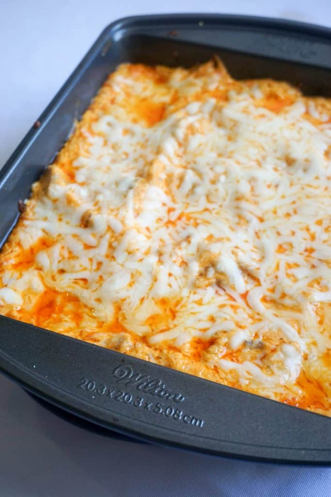 Easy keto Buffalo Chicken Dip - Keto, Low Carb Goodness!