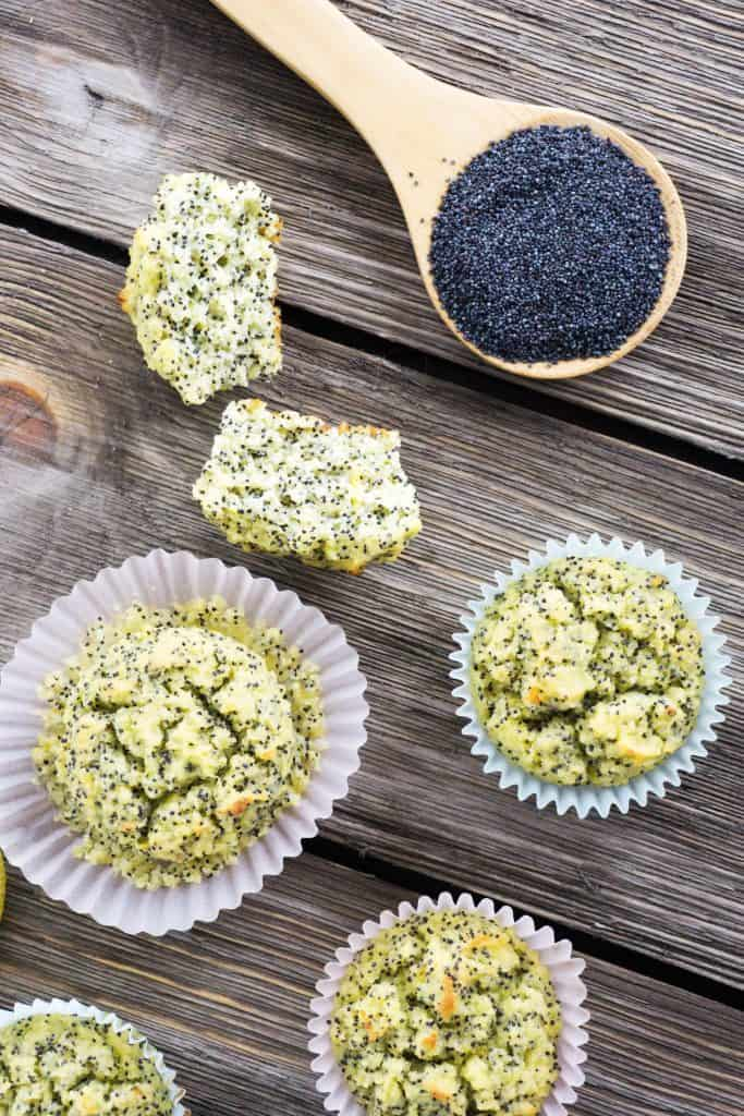 These healthy lemon poppy seed muffins are fool proof, gluten free and low carb. Not to mention keto and delicious!