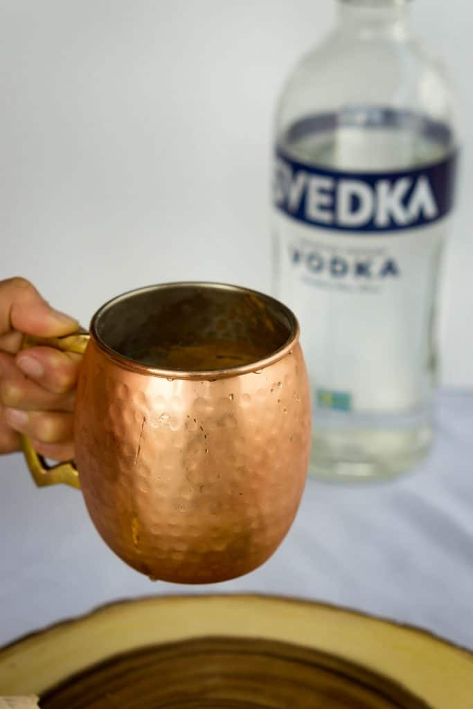 Our keto Apple Cider Moscow Mule is a low carb, spicy twist on the classic drink, perfect for fall time!