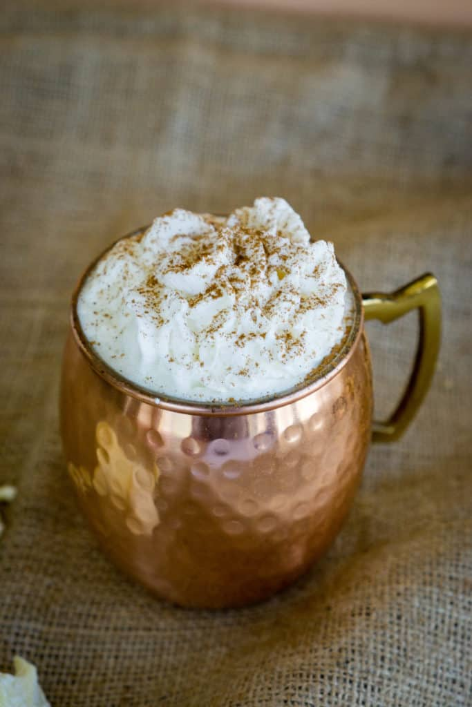 Many popular drinks during the holidays are loaded with sugar, we have the perfect recipe for eggnog, apple cider moscow mule, and white hot chocolate. These drinks are sugar free and low carb which makes them perfect to sip without the added guilt!