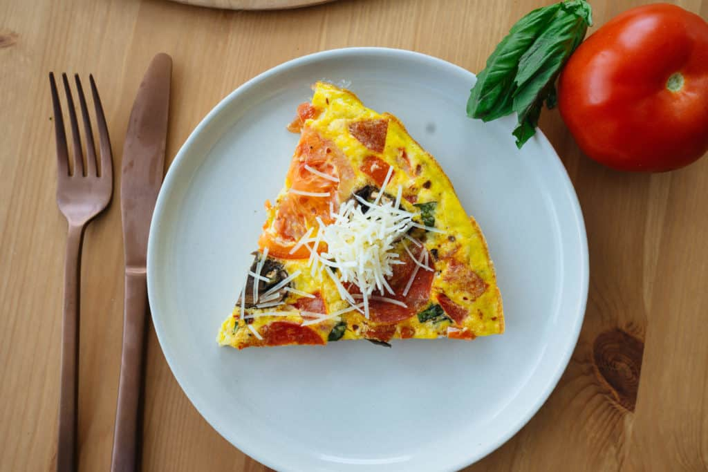 This Low Carb Pizza Frittata is the perfect way to start off your day or meal prep with good fats and protein!