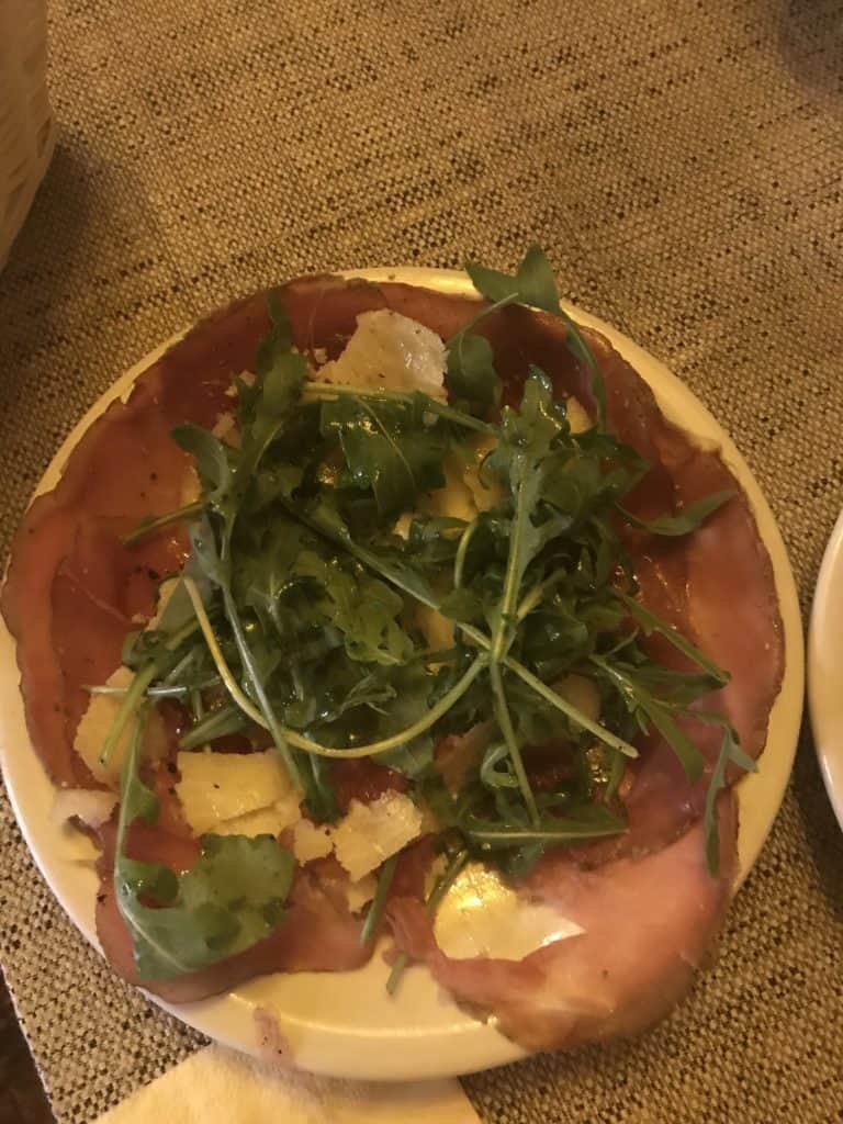Vino Olio was our favorite spot to eat while in rome. It had plenty of keto options while still being delicious!