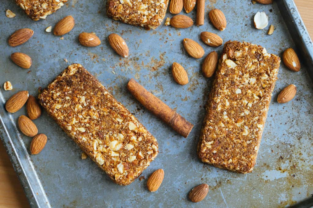 The low carb snack bars that you can buy at the store offer convenience, but the macros are a little questionable. These homemade keto snack bars take some baking, but macros will follow your keto diet better!