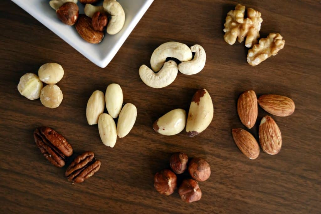 Nuts are super good and very addictive. We recommend sticking to low carb nuts like macadamia and pecans, and sticking to small portions of each!