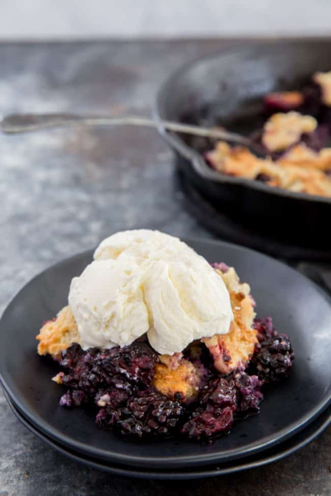 keto blackberry cobbler