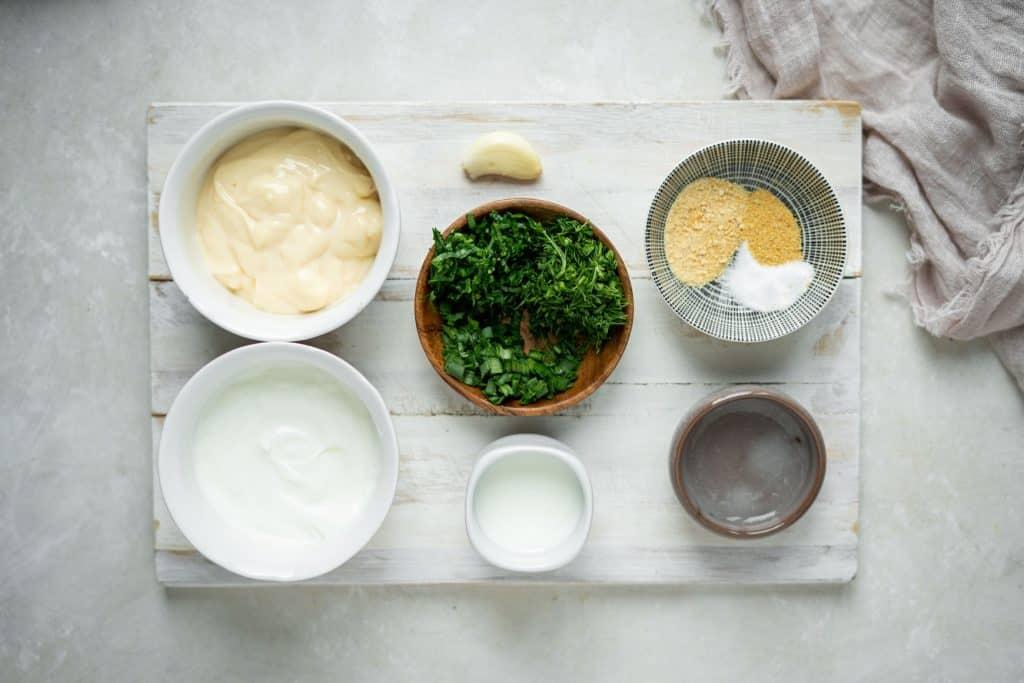 Ingredients to make keto ranch dressing